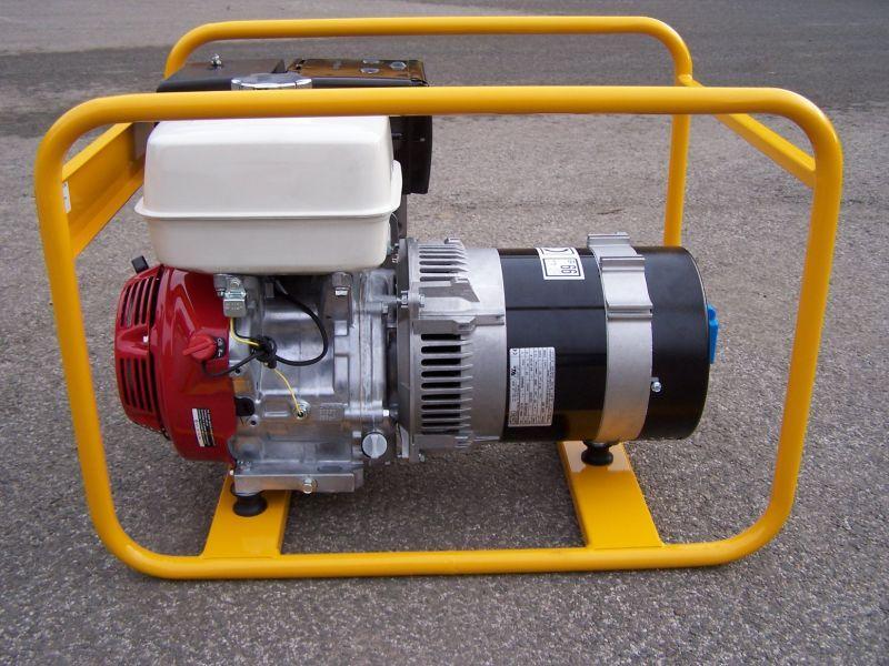 TR-5E AVR + 1.servis a doprava v ceně. Jednofázová elektrocentrála NTC